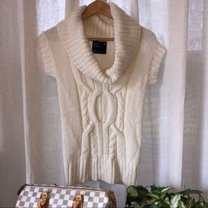 NWT American Eagle Cable Knit Cowl Neck Sweater S